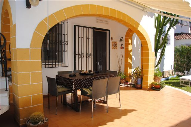 VILLA IN DENIA 2 MINUTES FROM THE BEACH